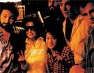 Йоко Оно и Шон Леннон на концерте   «Цветов» в Хард-Рок кафе. Нью-Йорк